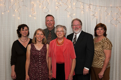 Left to right - Amanda, Yolanda, Craig, Eleanor, Stephen, and Raylene.  Taken at Grace Stephanie's wedding.  (Stephen's daughter.)