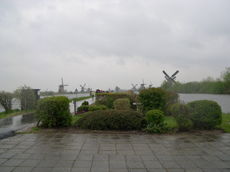 Our trip to Kinderdijk was cut short by a cold and nasty rain off the North Sea, so we took one last picture before leaving.