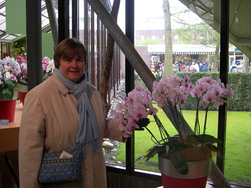 Susan in the Queen Beatrice orchid house at Keukenhof.