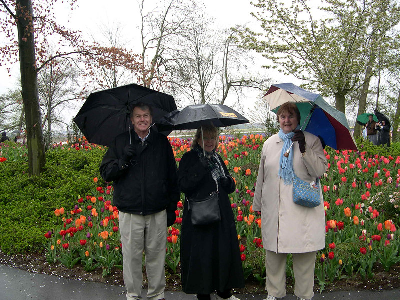 Steve, Kathy and Susan enjoying the colors, despite the rain.