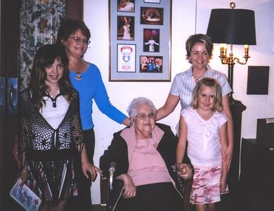 Leigha, Sue, Jean, Carie, Bailey