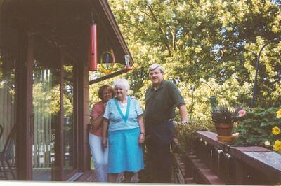 Sue, Jean & Bob on Bluff Blvd