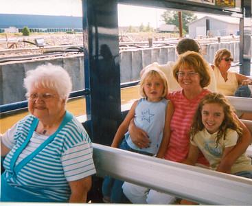 Jean, Bailey, Sue & Leigha 2002