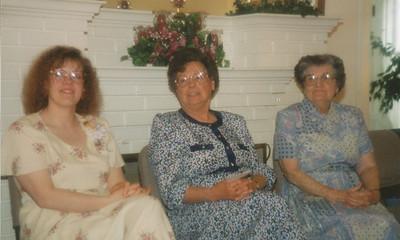 Samantha Sullivan, Joan Hiller, Jean Fisher