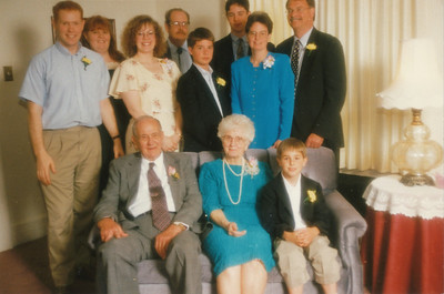 Ellis and Eileen with Children and Grandchildren