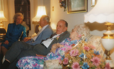Gene Sullivan, Everette Smith, Ellis Sullivan, Edith Kasch