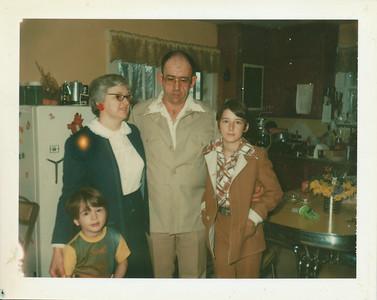 Hugh Bell & Family 1976 (Pendleton, IN)