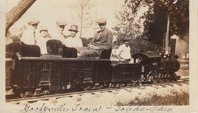 Ellis Sullivan, Iona (Bowyer) Sullivan, Leo Sullivan, Carrie (Bowyer) Smith, Earl Sullivan (Engineer of train unknown)