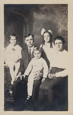 Earl, Seward, Lawrence, Helen, & Iona (Bowyer) Sullivan