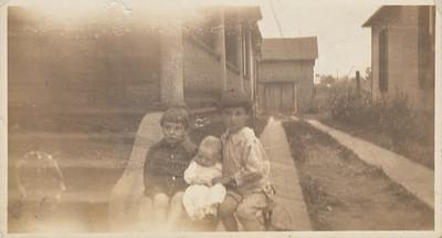 Eugene, Marion, & Manson Clark - 1918