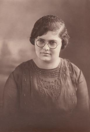 Gladys Leona (Clark) Kile