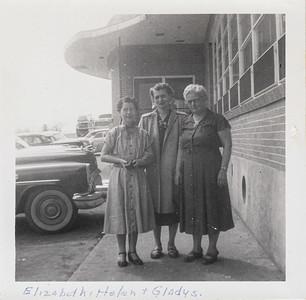 Elizabeth (Brown) Clark, Helen (Clark) Long, Gladys (Clark) Kile