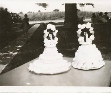 Dale & Irma Clark wedding cakes