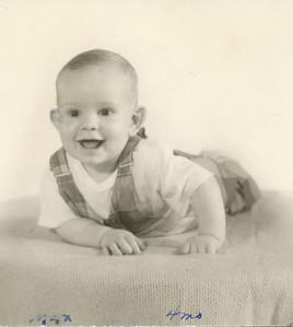 Max Sullivan 4 months old