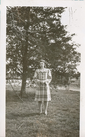 Eileen Clark 1942 (Easter)