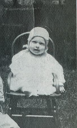 Wilma Eileen Clark 1921 (around 6 months old)