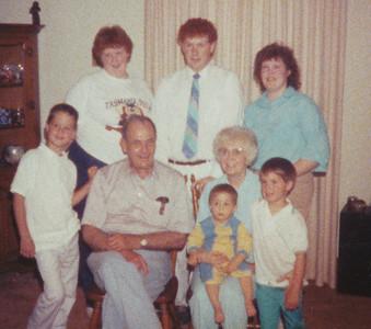 Ellis & Eileen with Grandchildren 1989
