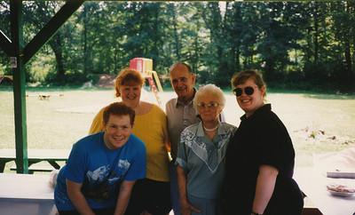 1995 (Stephen, Joyce, Ellis, Eileen & Samantha Sullivan)