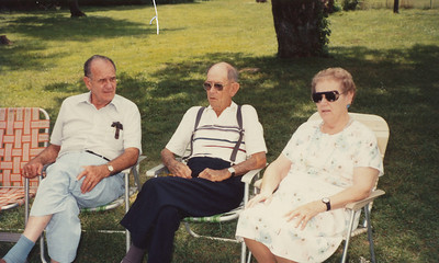 1991 (Ellis Sullivan, Elmo Bell, Iris Angle-first cousins)