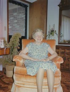 1990 (Pearl Mays)
