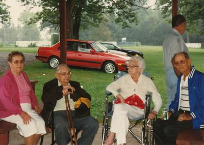 1990 (Iris Angle, Ralph Sullivan, Helen Clark, Elmo Bell, Ellis Sullivan (Back)