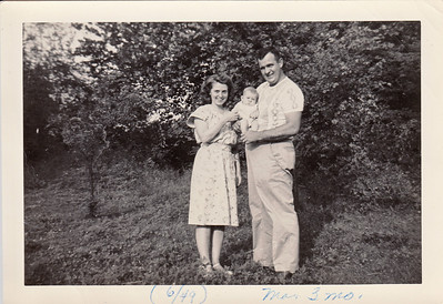 Eileen, Max & Ellis Sullivan - June 1949