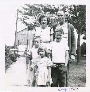 Cora, Gene, Bob, Mary Ann, Ed Clark (Aug 1951)