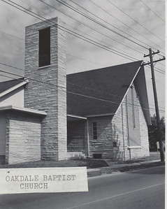 Oakdale Baptist Church outside