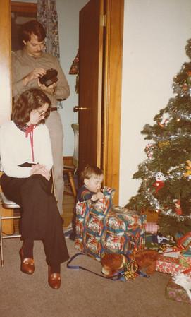 12-24-1981 Nick, Jane, Zachary Hiller