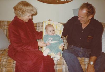 12-27-1980 Ellis and Eileen Sullivan with Zachary Hiller