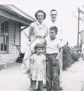 Marion, Eliza Mae, Susan & Keith