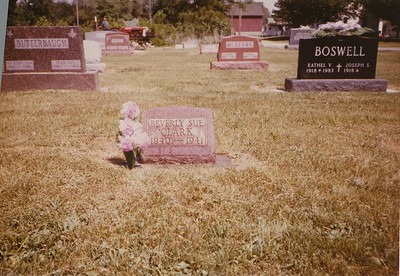 Beverly Sue Clark Headstone Child of Marion & Eliza Mae Clark