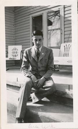 Dale Clark 1943
