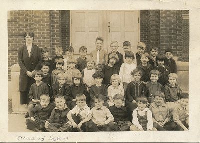 Onward School (Leo Sullivan Back row 4th boy from right-Esther jane Means 2nd row 1 st girl)