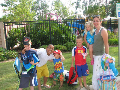 Lorie brought her kids to go swimming at our pool.
