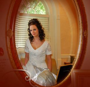 Beautiful bride, Summer Ludlow.