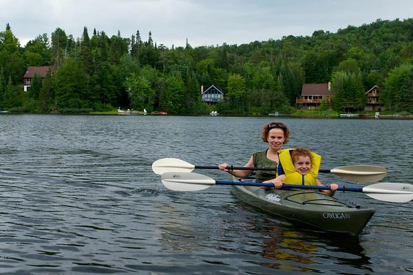 Brenda and Zoey kayaking team