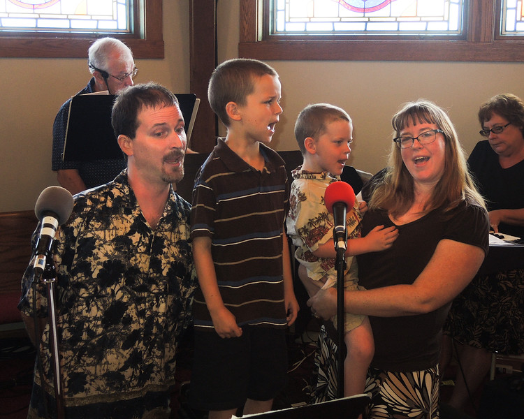 Brian and Summer have two kids who also love to sing.