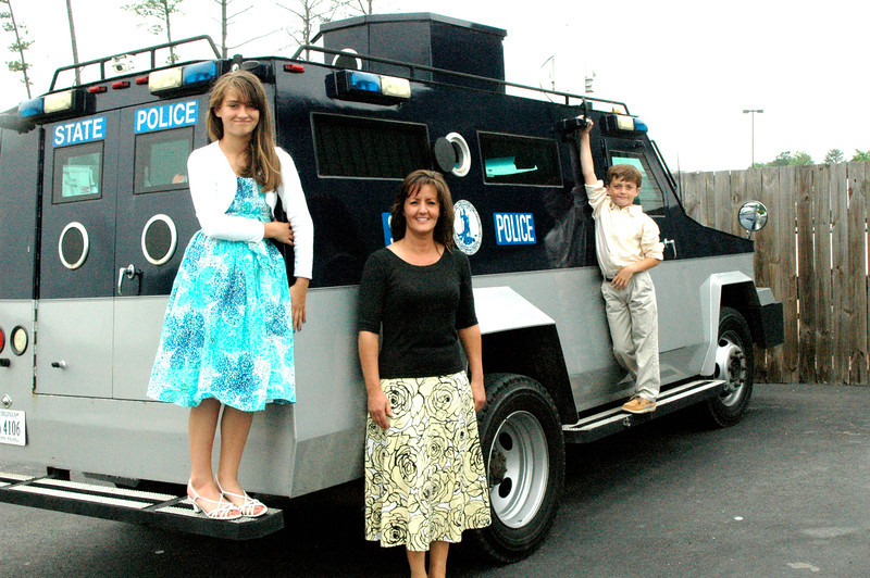 Suzanne, Brooke and Dalton went shopping for another vehicle. This Virginia State Police Swat truck has all the ementies she needs.