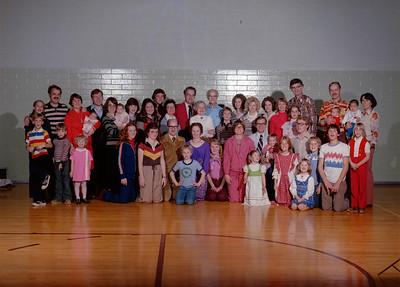 1977 - T E Lyon Family, Xmas
