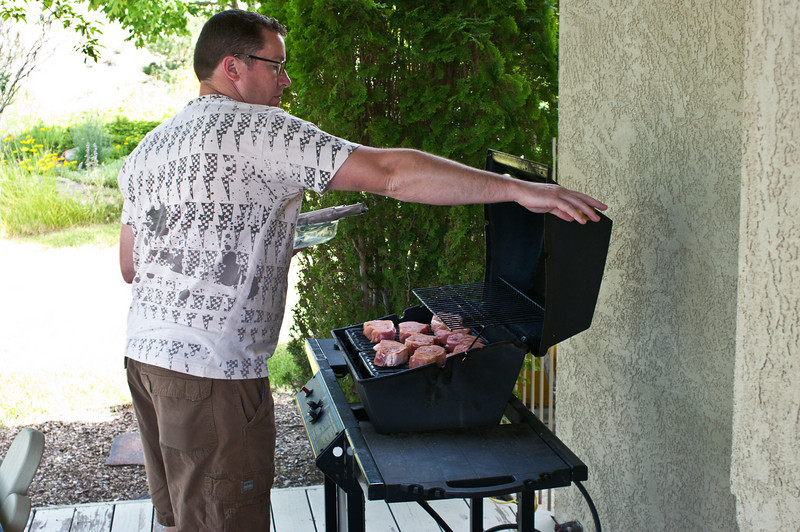 """Kevin is """"teh grillmaster"""""""
