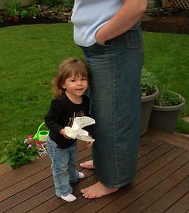 Tara and cousins -June 2007