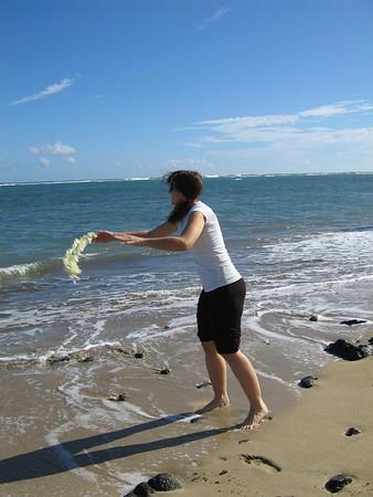 Tauna visits Hawaii.