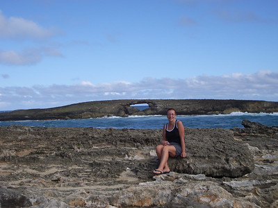 Lynne at Laie Point. (Tauna's photo)
