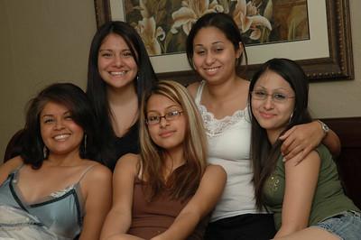 Family_Girls 0606 012