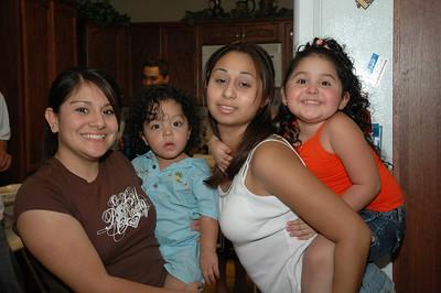 Family_Girls 0606 015