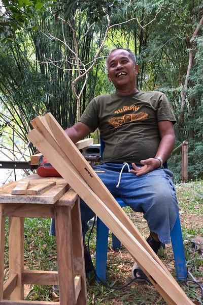 ตา (Tha) making new kitchen table