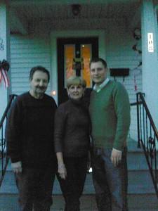 Family at thanksgiving dinner 2008