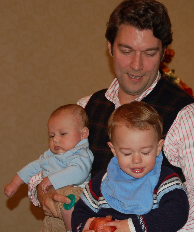 Super-dad Steve King with Rowan and Wyatt.