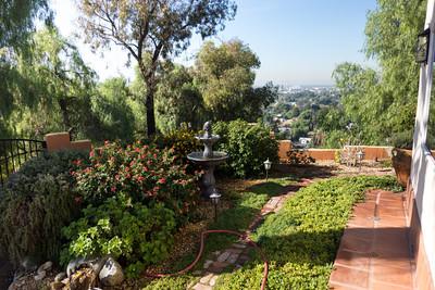 Garden opposite
